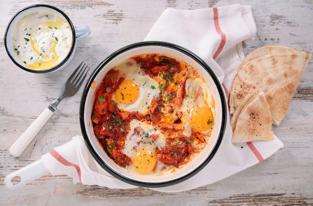 Яйца с телешки салам Аз ям!